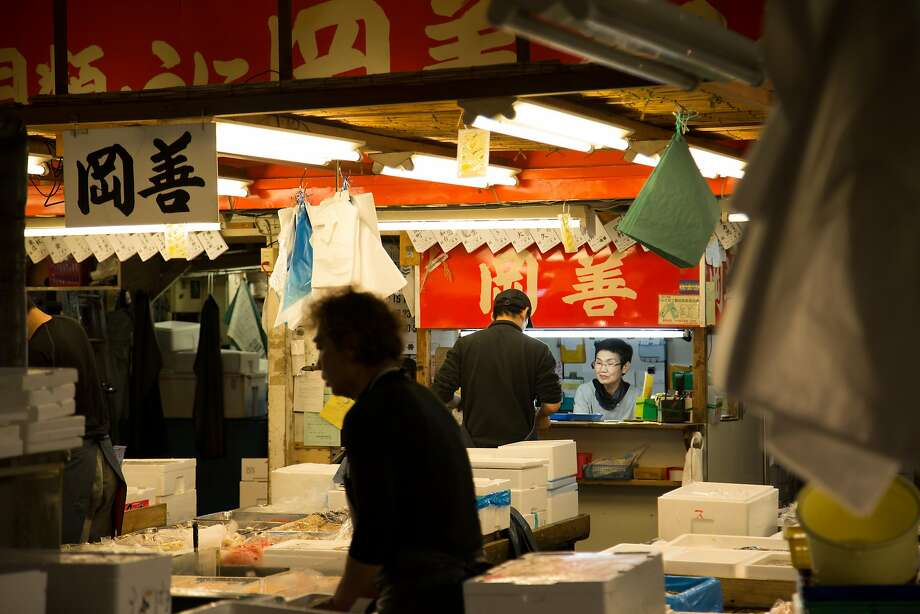 Jobs at Tsukiji Market range from cleaning and transporting fish to bookkeeping and accounting. Photo: Andrew Faulk, Special To The Chronicle