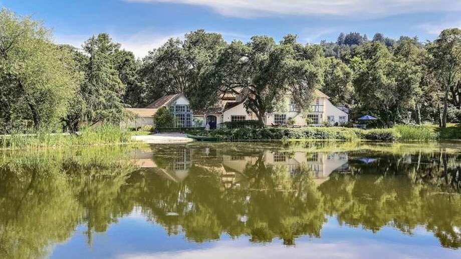 Woodside estate, realtor.com. Photo: Realtor.com