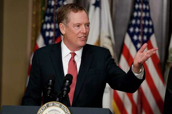 U.S. Trade Representative Robert Lighthizer speaks on May 15 in the White House during his swearing-in ceremony.