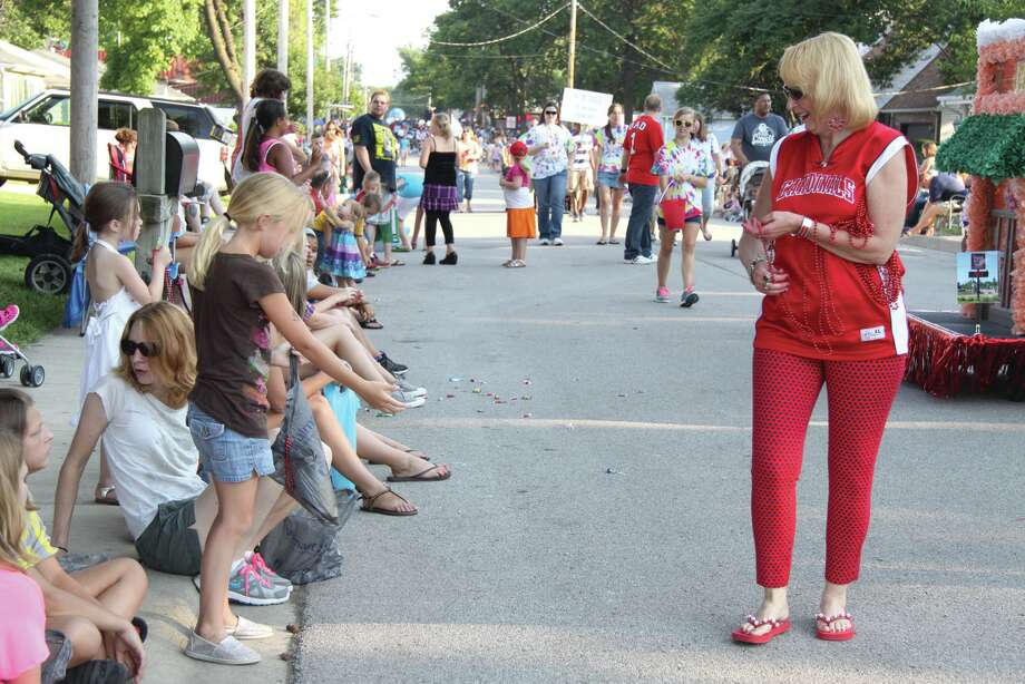 Parades are conducted on both nights of the Maryville Homecoming. Photo: John Sommerhof