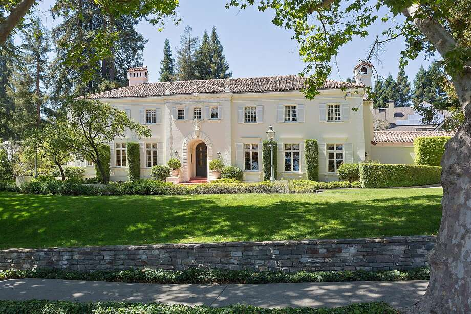 395 Hampton Road in Piedmont is a seven-bedroom estate available for $7.95 million. Photo: Liz Rusby / Grubb Co.�