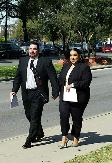 Eric Jon Alva and Jessica Rivas Alva leave federal court in San Antonio on Thursday after pleading guilty to defrauding immigrants. Photo: Guillermo Contreras/Staff / San Antonio Express-News