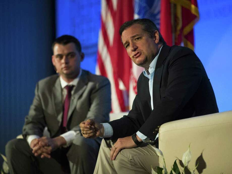 Sen. Ted Cruz held a town hall to address veterans issues, but he also talked about health care. Photo: Erich Schlegel, Stringer / 2017 Getty Images
