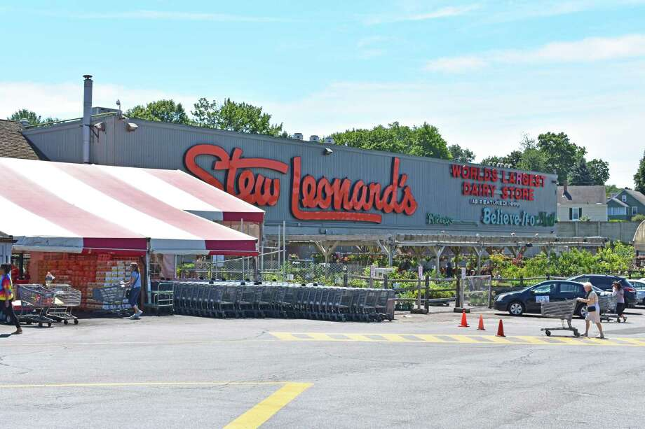 Stew Leonard's flagship store in Norwalk, Conn., on July 6, 2017. Photo: Alexander Soule / Hearst Connecticut Media / Stamford Advocate