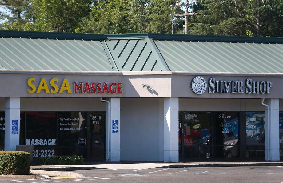 A massage parlor is located in a strip mall on Auburn Boulevard across the street from the Children's Receiving Home of Sacramento. Photo: Paul Chinn, The Chronicle