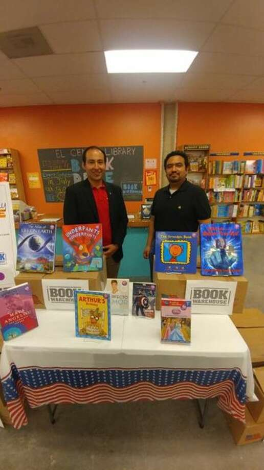 Book Warehouse, located inside the Outlet Shoppes, conducted a book drive, collecting over 400 books to be donated to Lamar Bruni Vergara El Cenizo Library.   Photo: Courtesy