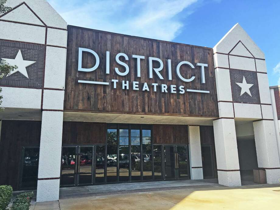 New Dine In Movie Place District Theatre Now Open In Webster Houston Chronicle