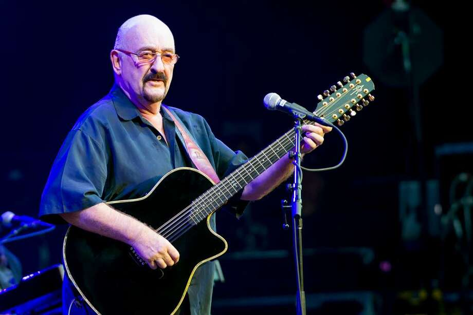 Dave Mason will be the star of a benefit for the Levitt Pavilion for the Performing Arts on Friday, July 14, in Westport. Photo: Thomas Long / Contributed Photo / © Thomas Long