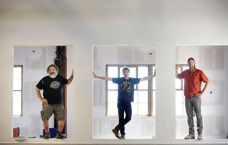 Admiral Maltings co-founders Dave McLean (l to r), Ron Silberstein  and Curtis Davenport stand for a portrait at Admiral Maltings on Monday, June 26, 2017 in Alameda, Calif. Photo: Lea Suzuki, The Chronicle