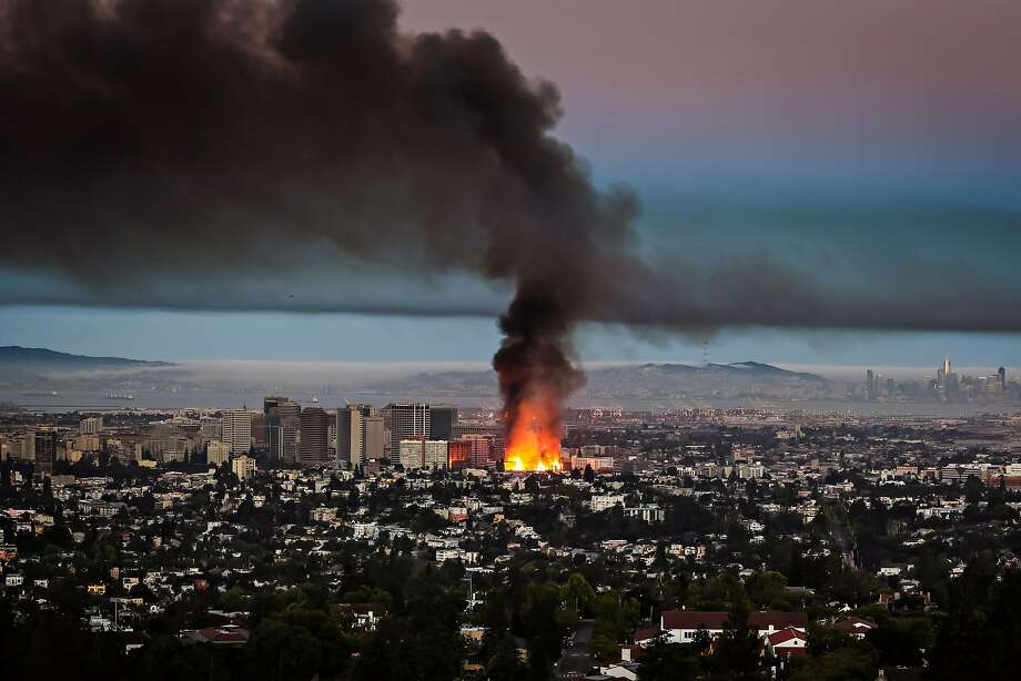 The fire that destroyed a 196-unit apartment building nearing completion in Oakland this month. Photo: Jonathan Goody, Special To The Chronicle