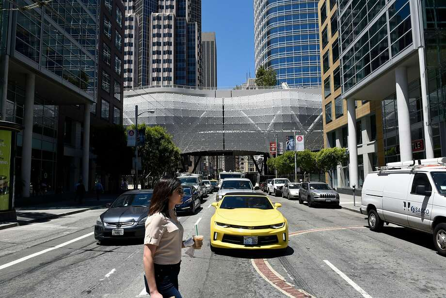 The Transbay Terminal construction site spans across First Street in San Francisco, CA, on Friday July 7, 2017. Photo: Michael Short, Special To The Chronicle