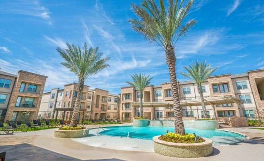 Abbey Residential Services has acquired Modera Spring Town Center, a 396-unit apartment community, from Mill Creek Residential. Photo: Berkadia