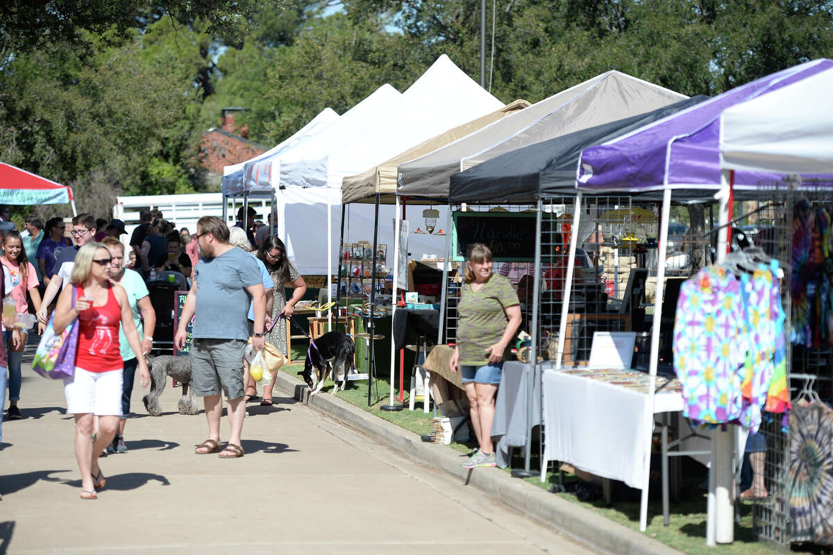 Midland Downtown Farmers Market on Saturday, July 8, 2017, at the Museum of the Southwest. James Durbin/Reporter-Telegram