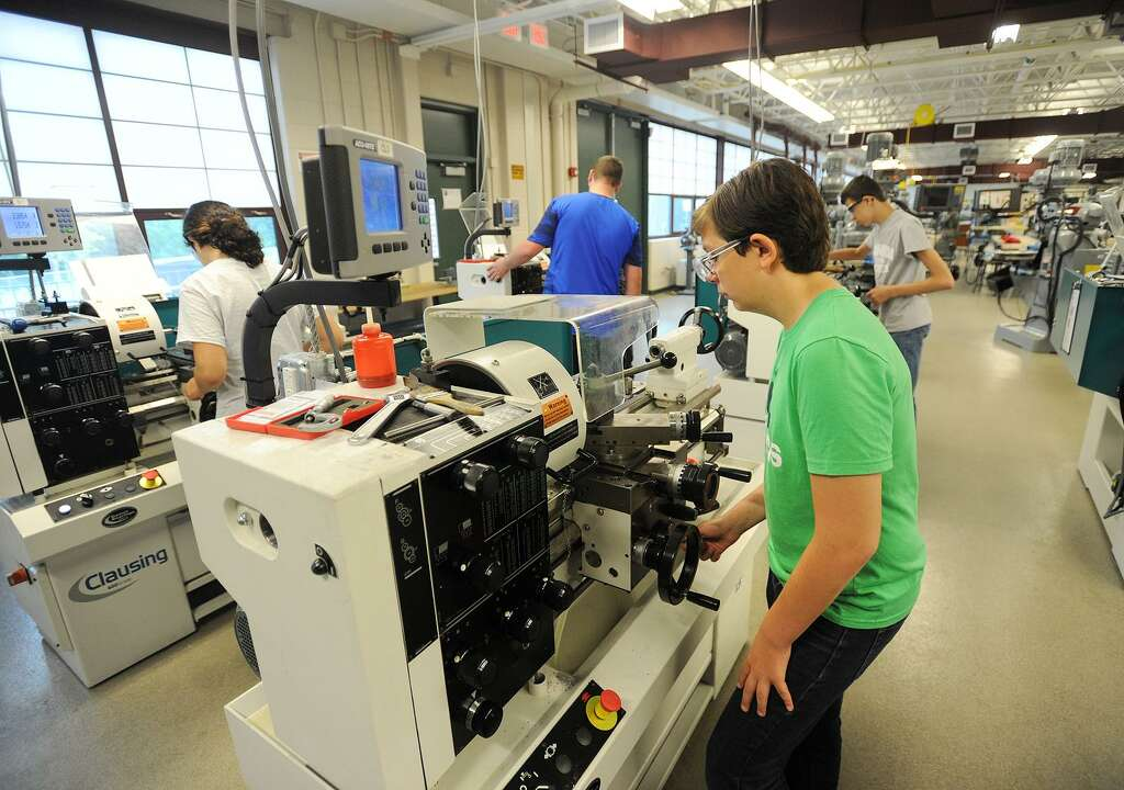 Machines software blueprints give students a glimpse into todays students in the young manufacturers academy summer program mill aluminum on engine lathes at emmett o malvernweather Gallery