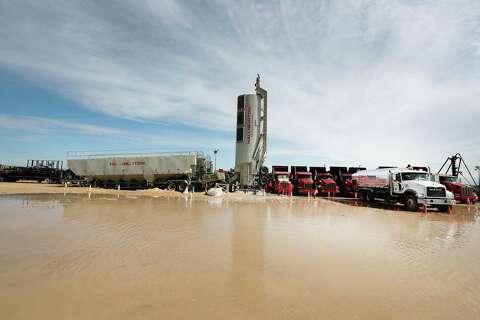Halliburton hiring 100 per month to meet Texas fracturing