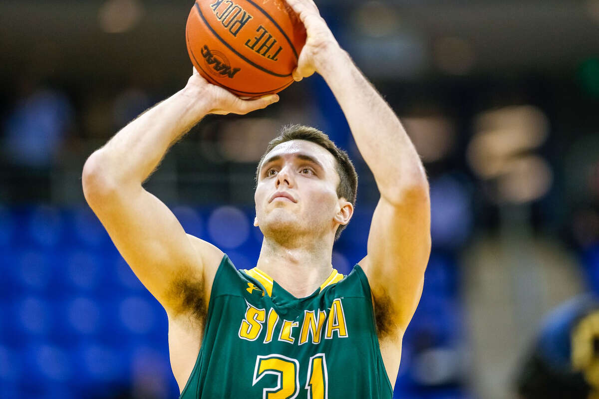Brett Bisping shoots a free throw during Siena's victory over Quinnipiac on Monday, Jan. 30, 2017. (Rob Rasmussen / Special to the Times Union)