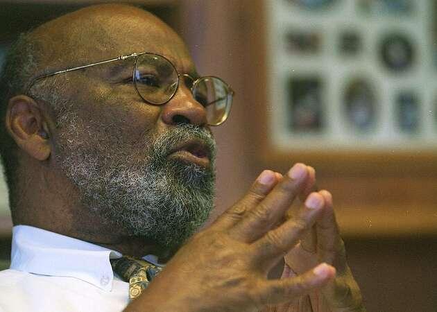 Judge slams Oakland leaders in police sex scandal