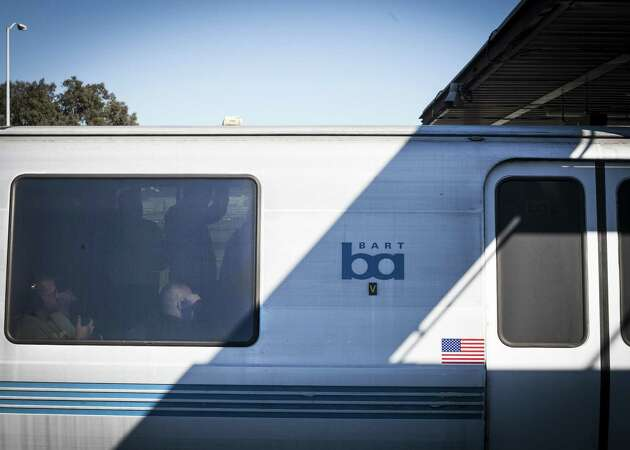 BART official criticized for memo on withholding crime facts
