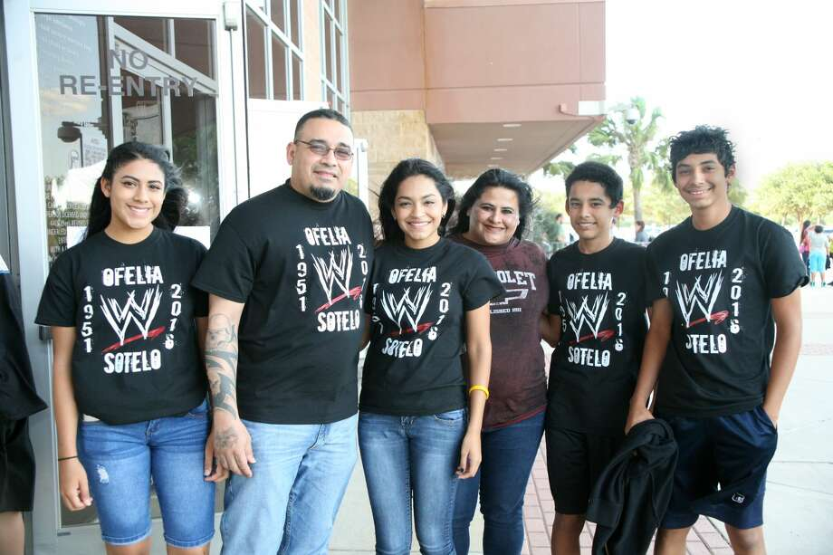 Fans and families attend WWE Live at Laredo Energy Arena on Tuesday, July 11, 2017. Photo: Francisco Vera/Laredo Morning Times