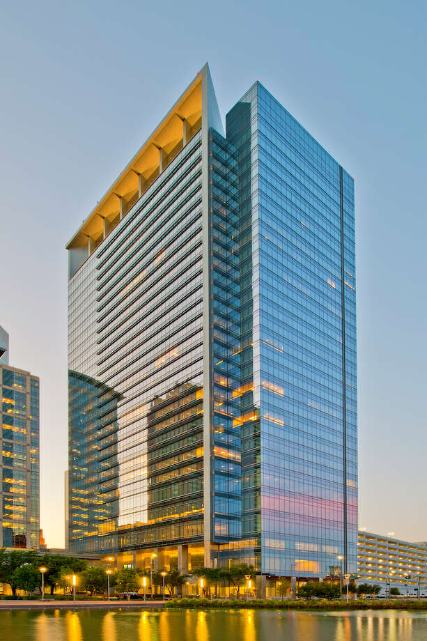 """Hess Tower in downtown Houston was awarded the International TOBY (The Outstanding Building of the Year) Award """"Corporate Facility"""" category at the 2017 Building Owners and Managers Association (BOMA) International Conference & Expo in Nashville, Tenn. Photo: CBRE / Copyright 2011 G. LYON PHOTOGRAPHY, Inc."""