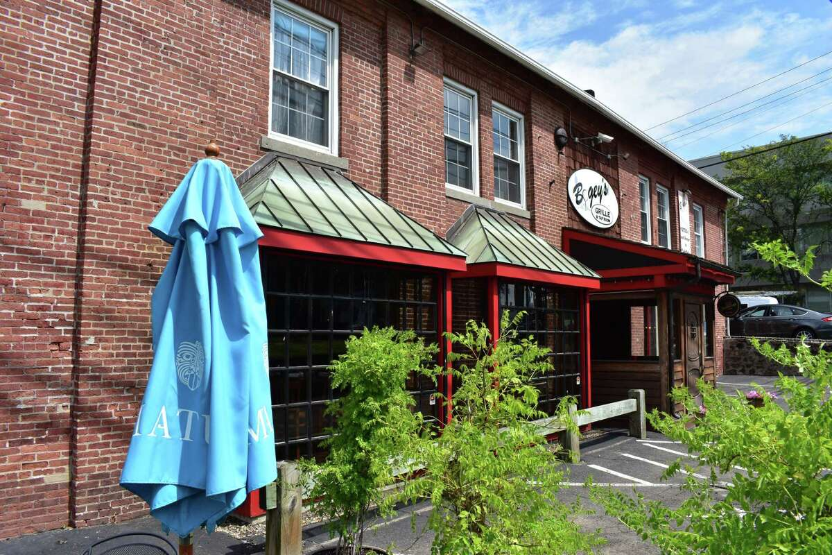 The shuttered Bogey's Grille & Tap Room at 2 Wilton Ave. in Norwalk, Conn., on July 11, 2017.