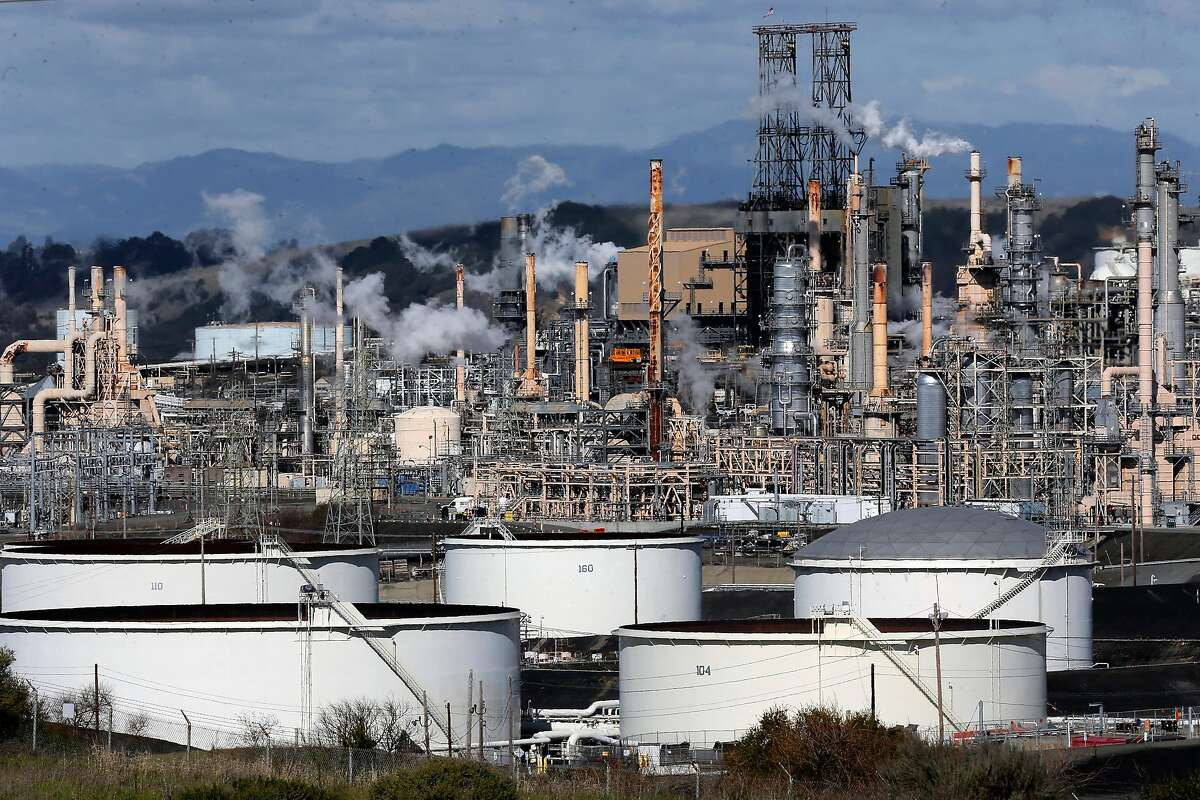 The Phillips 66 refinery is seen on Tuesday Jan. 24, 2017, in Rodeo, Ca.