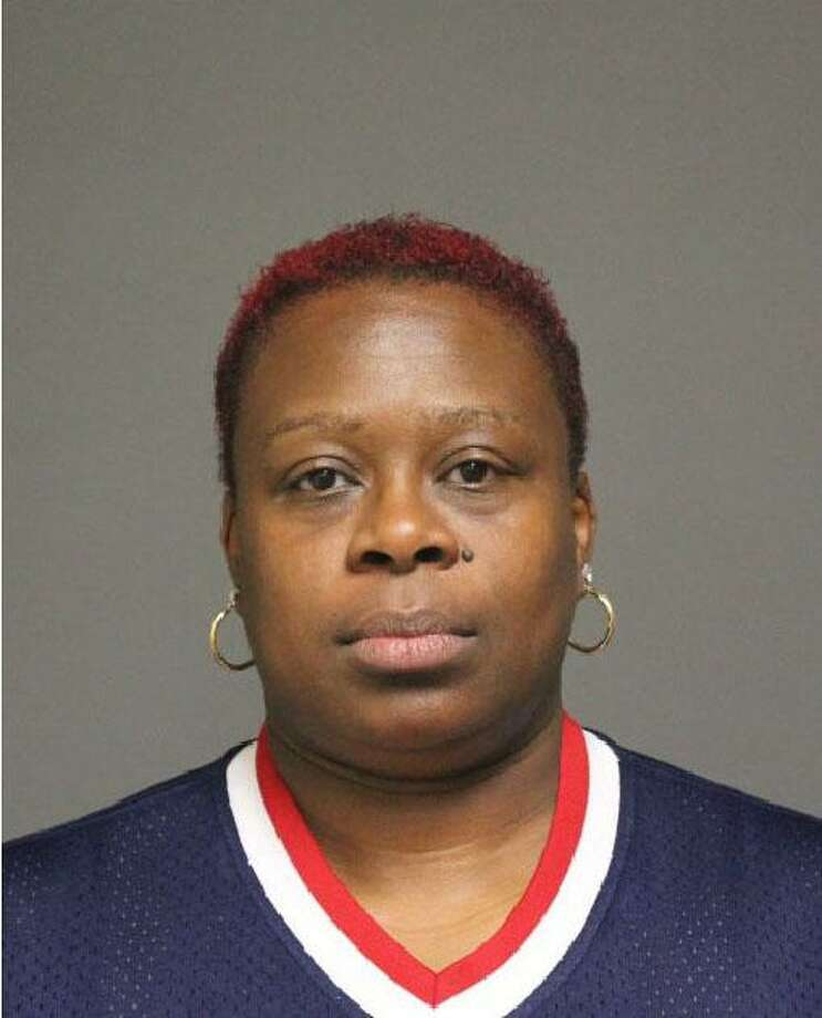 Shanisa Hudson, 38, of Bridgeport. Photo: Fairfield Police / Contributed Photo / Fairfield Citizen