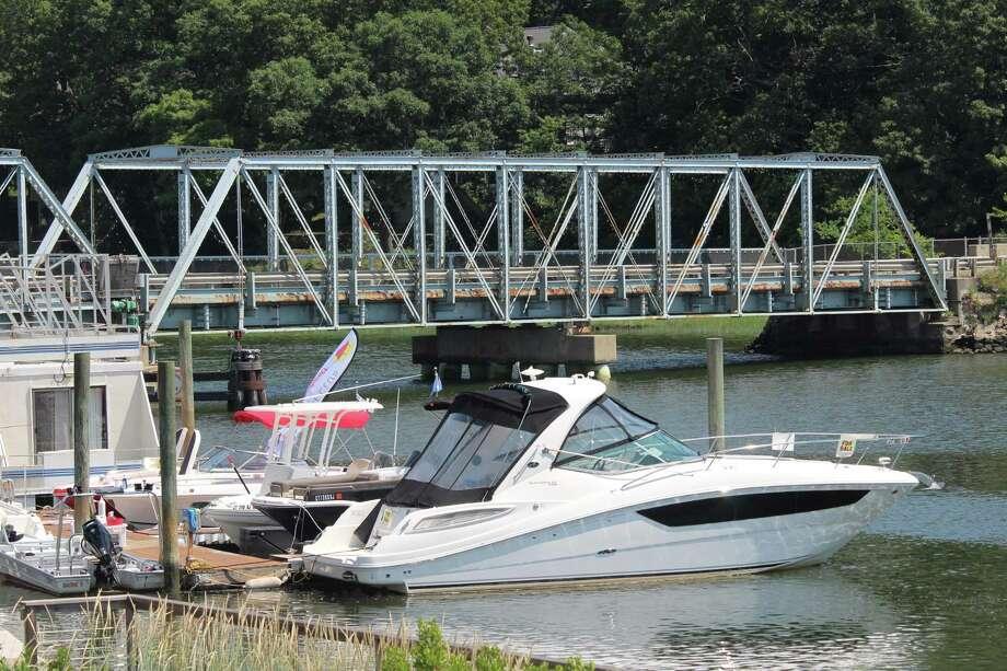 The William F. Cribari Memorial Bridge on a hot summer day. Photo: Chris Marquette / Hearst Connecticut Media / Westport News