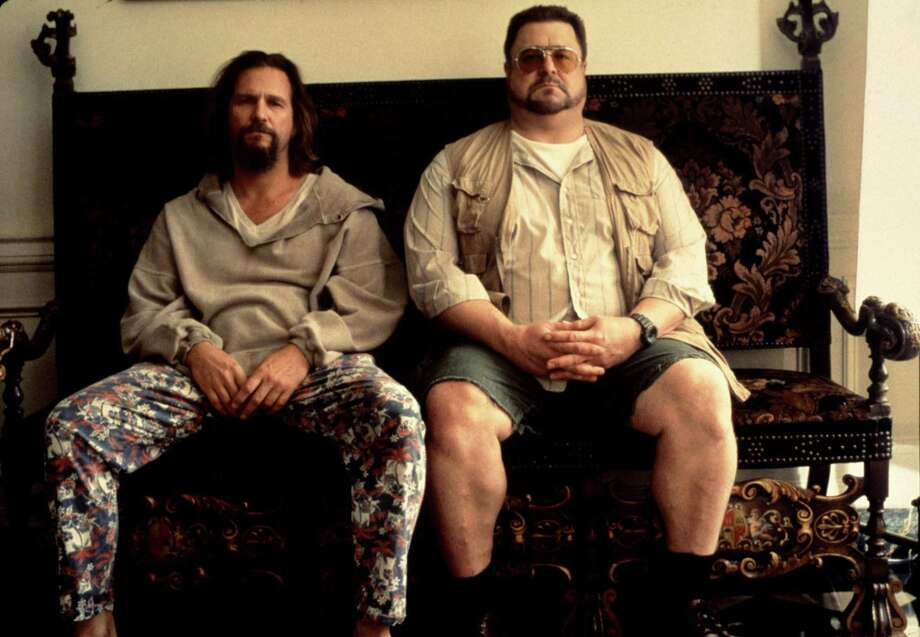 """Jeff Bridges (left) plays the cool but obtuse hero in """"The Big Lebowski,"""" while John Goodman portrays his crazed buddy, Walter. A reader praises two recent columns in the Express-News, including one about the movie. Photo: Gramercy Pictures / handout"""