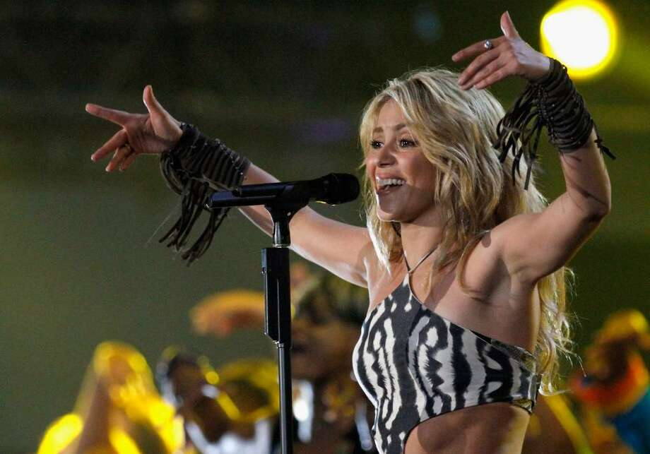 JOHANNESBURG, SOUTH AFRICA - JUNE 10:  Singer Shakira performs on stage during the FIFA World Cup Kick-off Celebration Concert at the Orlando Stadium on June 10, 2010 in Johannesburg, South Africa.  (Photo by Michelly Rall/Getty Images for Live Earth Events) *** Local Caption *** Shakira Photo: Michelly Rall, Getty Images For Live Earth Even / 2010 Getty Images
