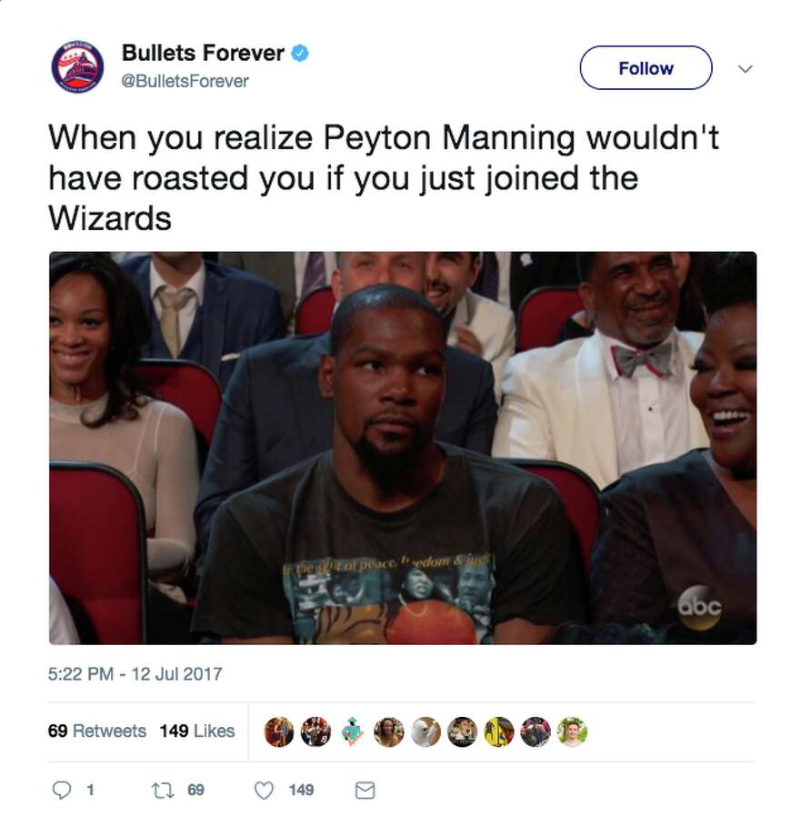 Twitter users react to Peyton Manning's joke about Kevin Durant at the 2017 ESPY awards. Photo: Twitter Screenshot