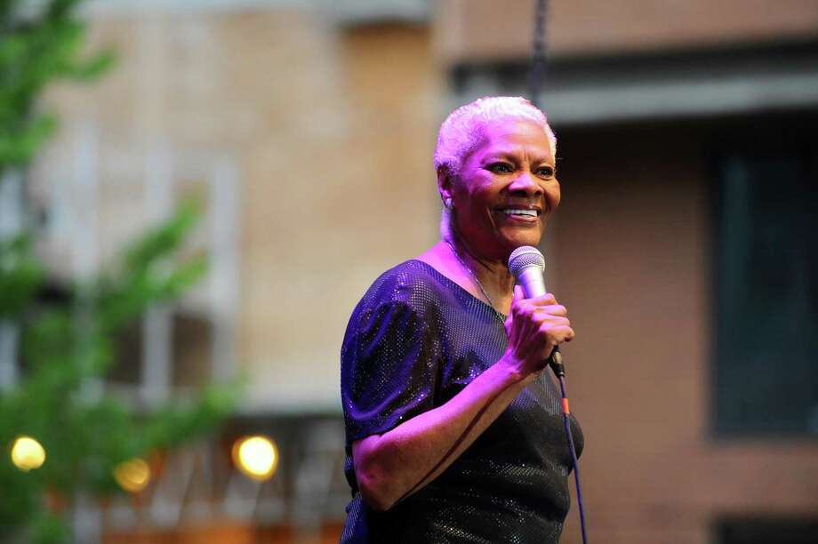 Dionne Warwick sings on Wednesday during the summer's first Wednesday Nite Live concert in Columbus Park in downtown Stamford. Photo: Michael Cummo / Hearst Connecticut Media / Stamford Advocate