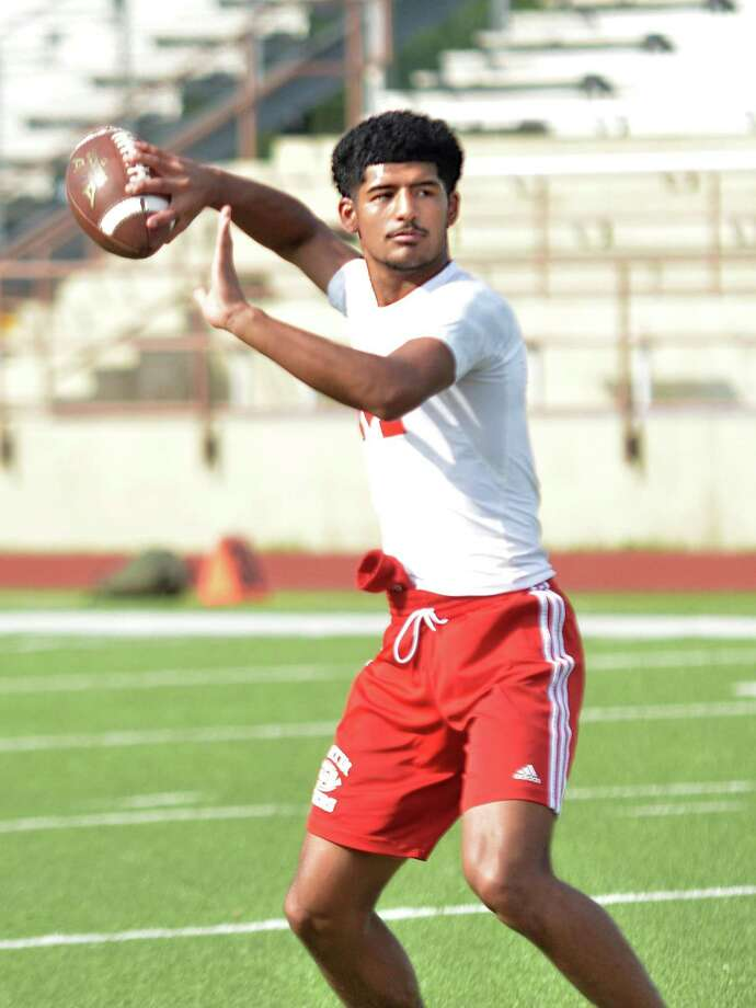Martin's Mathew Duron is 195 of 306 for 2,600 yards with 53 touchdowns and seven interceptions in the 7on7 summer league at Krueger Field. Photo: Francisco Vera /Laredo Morning Times / Laredo Morning Times