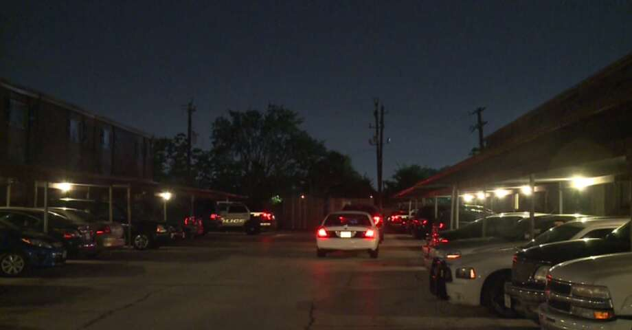 Police are on the hunt for a woman believed to have shot her boyfriend early Thursday at a southwest Houston apartment complex. (Metro Video) Photo: Metro Video