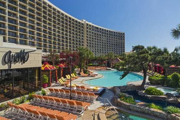 The San Luis Resort pool