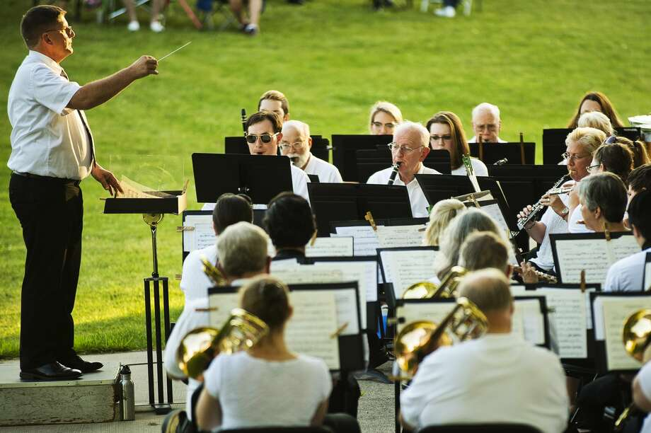 The Chemical City Band, conducted by Steven DeRees, performs on Wednesday, July 12, 2017 in Central Park. Photo: (Katy Kildee/kkildee@mdn.net)