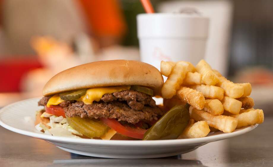 The Bates Special at Burger Boy. Photo: Robin Jerstad /For The Express-News / ROBIN JERSTAD     210 254 6552