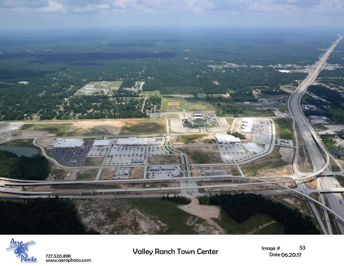 Valley Ranch Town Center, a project of The Signorelli Co. at the Grand Parkway and U.S. 59 in the northeast Houston area, opened in the fourth quarter of 2016.