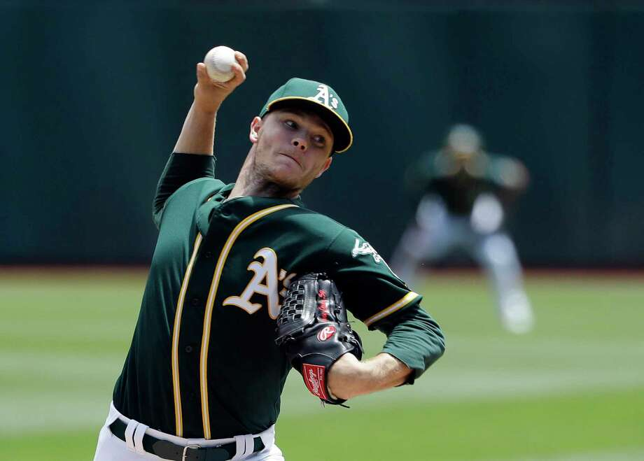 Oakland Athletics starting pitcher Sonny Gray throws to the Chicago White Sox during the second inning of a baseball game Wednesday, July 5, 2017, in Oakland, Calif. (AP Photo/Marcio Jose Sanchez) Photo: Marcio Jose Sanchez, STF / Copyright 2017 The Associated Press. All rights reserved.