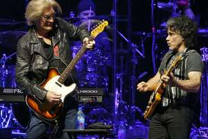 Daryl Hall (left) and John Oates perform Thursday at the AT&T Center. Thousands of fans turned up to see Hall & John Oates team up with Tears For Fears.