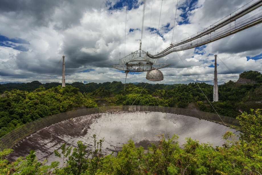 Worlds largest single-dish radio telescope, the Arecibo Observatory, Arecibo, Puerto Rico. (Photo by: Universal Images Group via Getty Images) Photo: UniversalImagesGroup/UIG Via Getty Images