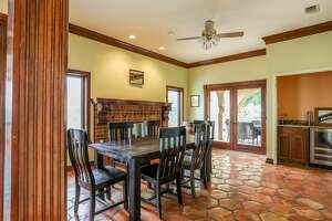 Austin 'Mountaintop Mansion'    Average per person, per night : $51