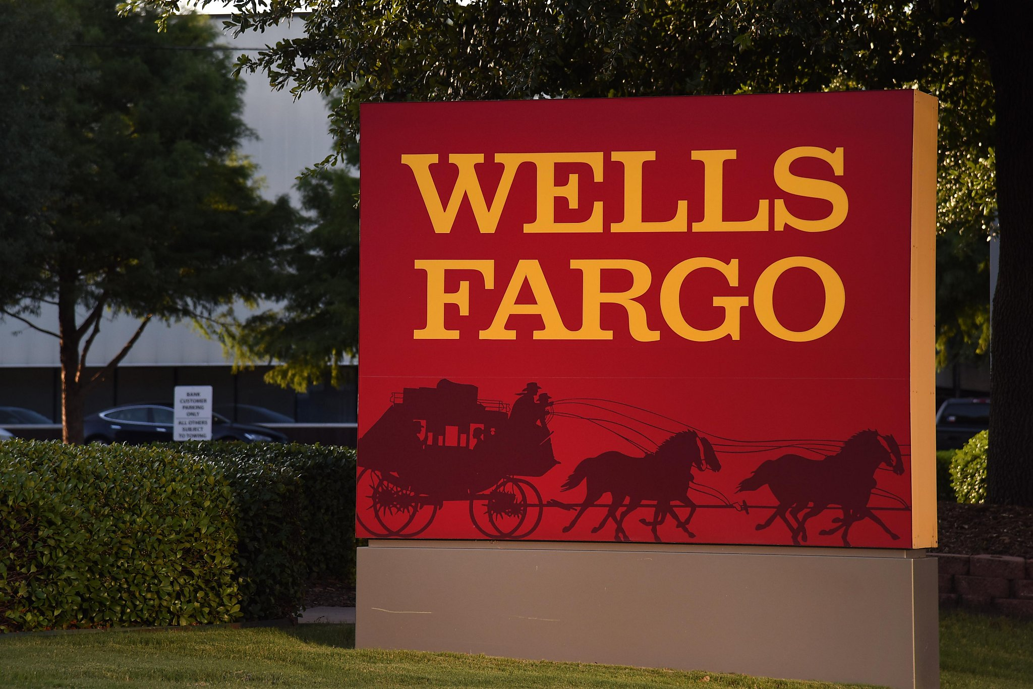 Wells Fargo Car Loan Payment Phone Number