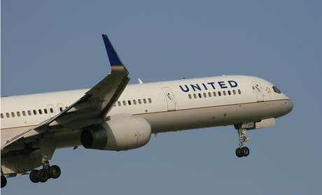 A United Airlines Boeing 757 takes off from Bush Intercontinental Airport in July 2017. Photo: Bill Montgomery, Houston Chronicle
