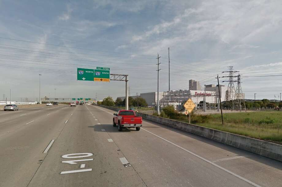 Interstate 10 eastbound lanes will shut down this weekend at Gellhorn, near the 610 interchange on the east side of Houston. SLIDESHOW: Planned and ongoing construction projects in the Houston area Photo: Google Earth