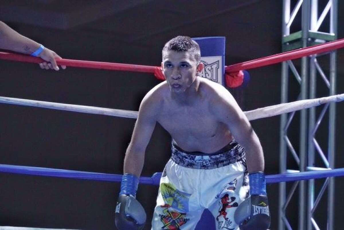 """Laredo's Polo """"Chico"""" Martinez will face Max Ornelas in a rematch of an April bout when the two boxers' fight was stopped with no winner after a headbutt to Martinez opened him up. Now the unbeaten fighters meet again Saturday at the Wild Horse Pass Hotel and Casino in Chandler, Arizona."""
