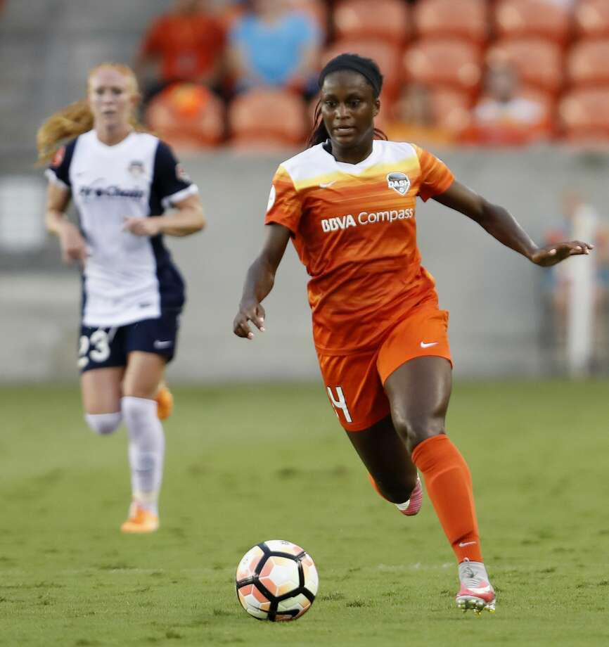 Houston Dash forward Nichelle Prince (14) dribbles the ball in the first half during the NWSL game between the Washington Spirit and Houston Dash on Saturday July 15, 2017.  The Dash lead the Spirit 1-0. Photo: Tim Warner/For The Chronicle