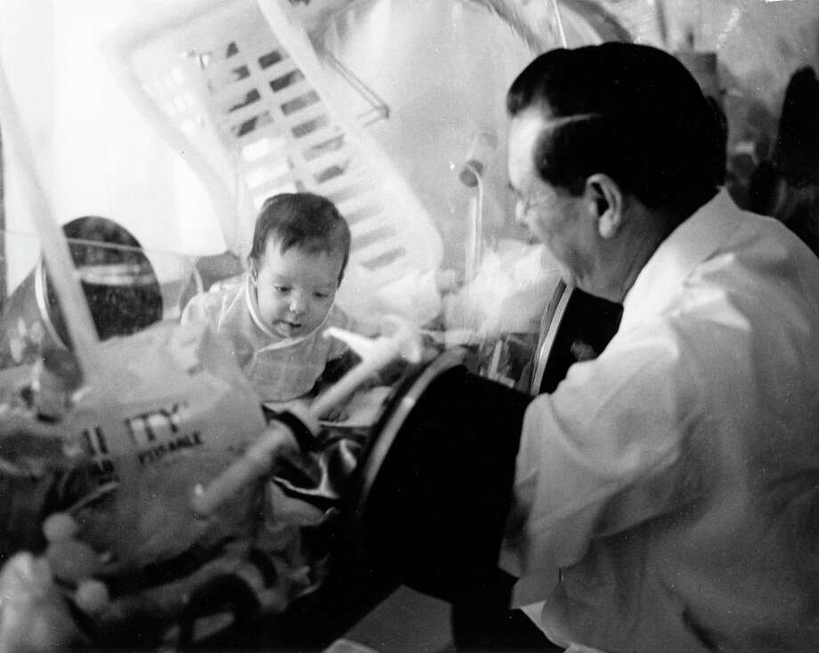 12/07/1971 - David Vetter, born with severe combined immunodeficiency (SCID) which leaves him no natural immunities against disease, was placed in a sterile bubble at the Texas Medical Center in Houston since his birth in September 1971. Photo: Roger Powers, HP Staff / Houston Post files