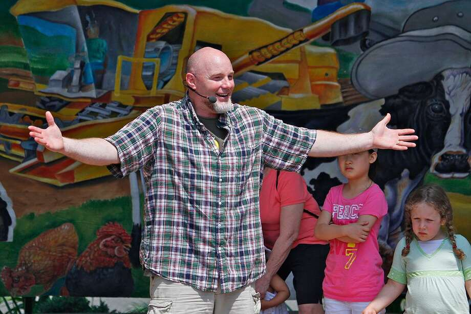 Puppeteer and singer Chris Rowlands will perform a kid-friendly presentation at 7 p.m. July 28 at the Ansonia Nature and Recreation Center, 10 Deerfield Lane. Photo courtesy of the Ansonia Nature and Recreation Center. Photo: Contributed