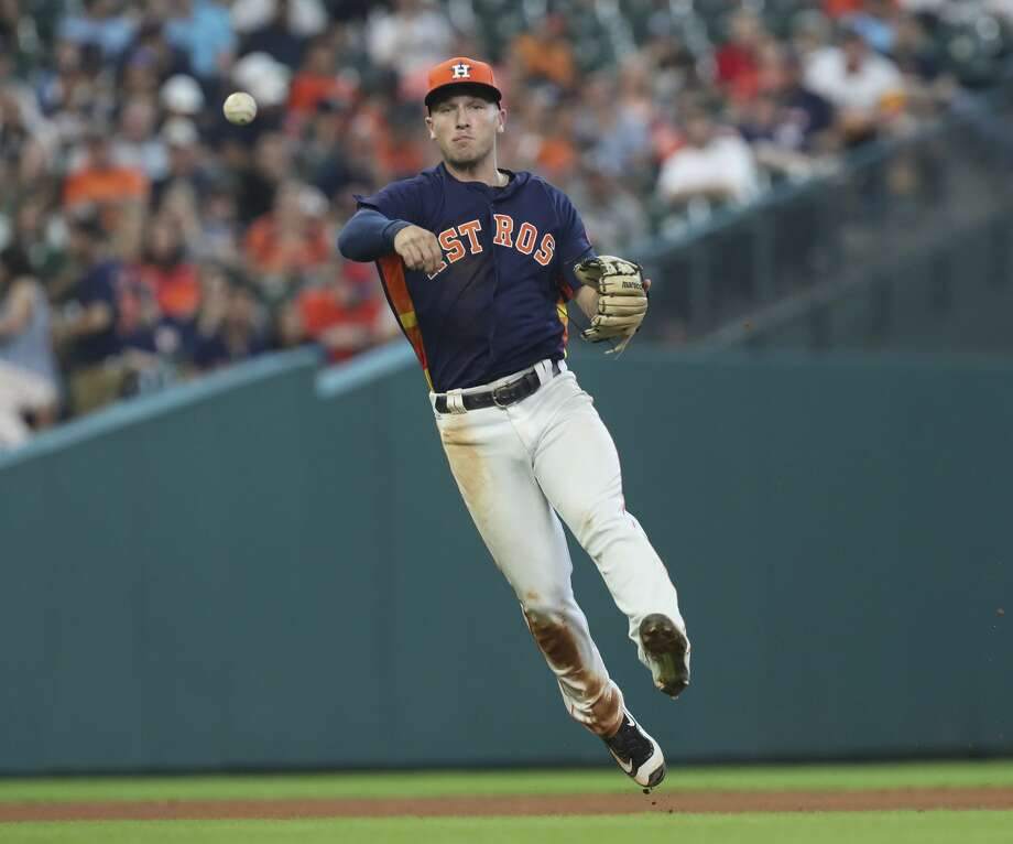 Houston Astros third baseman Alex Bregman (2) throws the ground ball to first baseman Yuli Gurriel (10) and out Minnesota Twins designated hitter Kennys Vargas (19)  during the top seventh inning of the game at Minute Maid Park Sunday, July 16, 2017, in Houston. ( Yi-Chin Lee / Houston Chronicle ) Photo: Yi-Chin Lee/Houston Chronicle